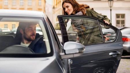 Сервис вызова такси Bolt будет бесплатно возить учителей во время карантина