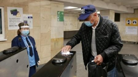 В Киеве открылось метро (Новые правила работы столичной подземки)