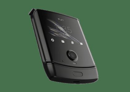 Складной смартфон Motorola Razr 2 получит ряд аппаратных улучшений по сравнению с предшественником
