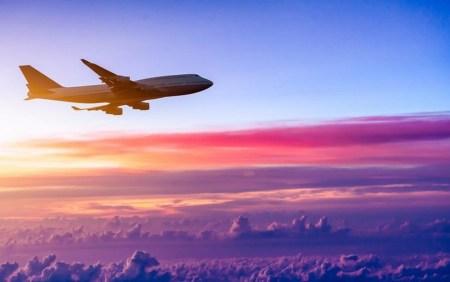 Маски, мобильная регистрация и дистанция. Госавиаслужба представила правила работы авиакомпаний и аэропортов после возобновления рейсов