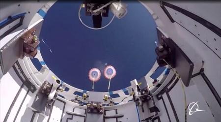 Boeing провела успешное тестирование парашютной системы капсулы Starliner при неблагоприятных условиях работы