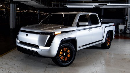 В США официально представили электропикап Lordstown Endurance с четырьмя двигателями в колесах мощностью 600 л.с. и запасом хода 320 км по цене от $52,5 тыс.