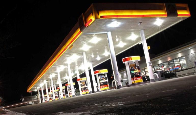 Германия разработала новую программу стимулирования покупки электромобилей - зарядная станция должна быть на каждой топливной заправке в стране, а покупатели электромобилей с ценником до €40 тыс. получат скидку в €9 тыс.