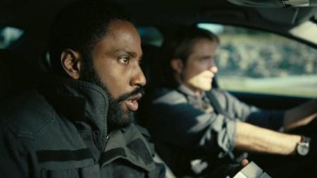 Премьеру фантастического триллера «Тенет» Кристофера Нолана снова перенесли, теперь его планируют показать 12 августа 2020 года