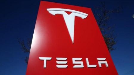Немецкий суд постановил, что заявления Tesla об «автопилоте» и «полном самоуправлении» вводят в заблуждения