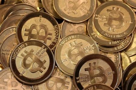 Киберполиция Украины разоблачила организаторов нелеагльного онлайн-обменника криптовалют, теперь им грозит до 6 лет заключения