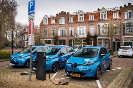 Bloomberg: Из-за роста субсидий на электромобили в Европе приобрести Renault Zoe и Smart EQ в лизинг можно практически бесплатно