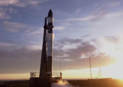 Тринадцатый запуск ракеты-носителя Rocket Lab Electron закончился неудачей