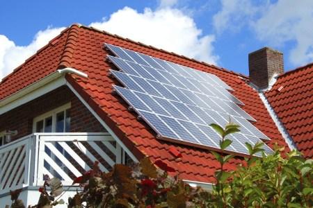 Госэнергоэффективности: В Украине уже более 25,6 тыс. домашних солнечных станций суммарной мощностью свыше 650 МВт [инфографика]