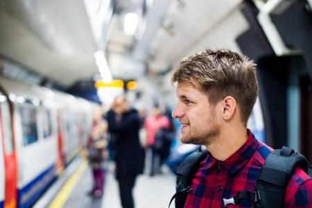 Киевстар, Vodafone Украина и lifecell расширили 4G-сеть в киевском метро еще на шесть станций
