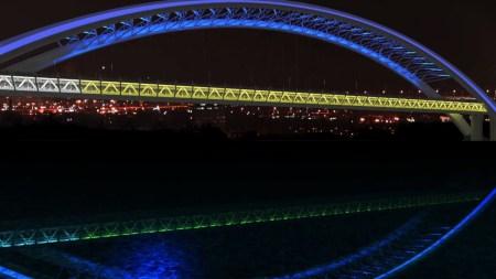 Украинская компания Complex-V предложила проект динамической цветной LED-подсветки для Подольско-Воскресенского моста [видео]