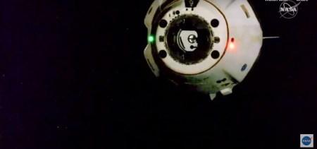 Обновлено: Crew Dragon с астронавтами успешно отстыковался от МКС и возвращается на Землю