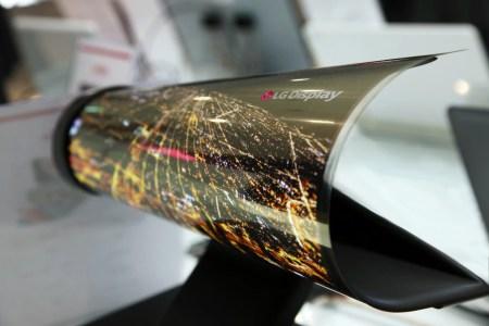 LG показала свои гибкие и сворачиваемые дисплеи