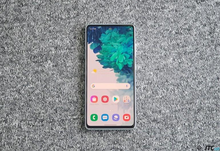 Galaxy S20 FE – первый взгляд на «народный» флагман Samsung