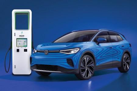 Американские покупатели электрокроссовера VW ID.4 получат три года бесплатной зарядки в сети Electrify America
