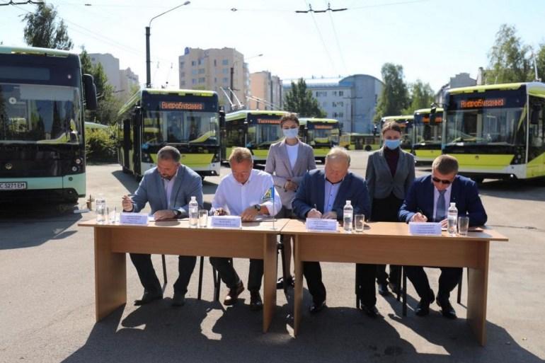 """Львов покупает 250 электробусов у концерна """"Электрон"""" для масштабного обновления парка общественного транспорта"""