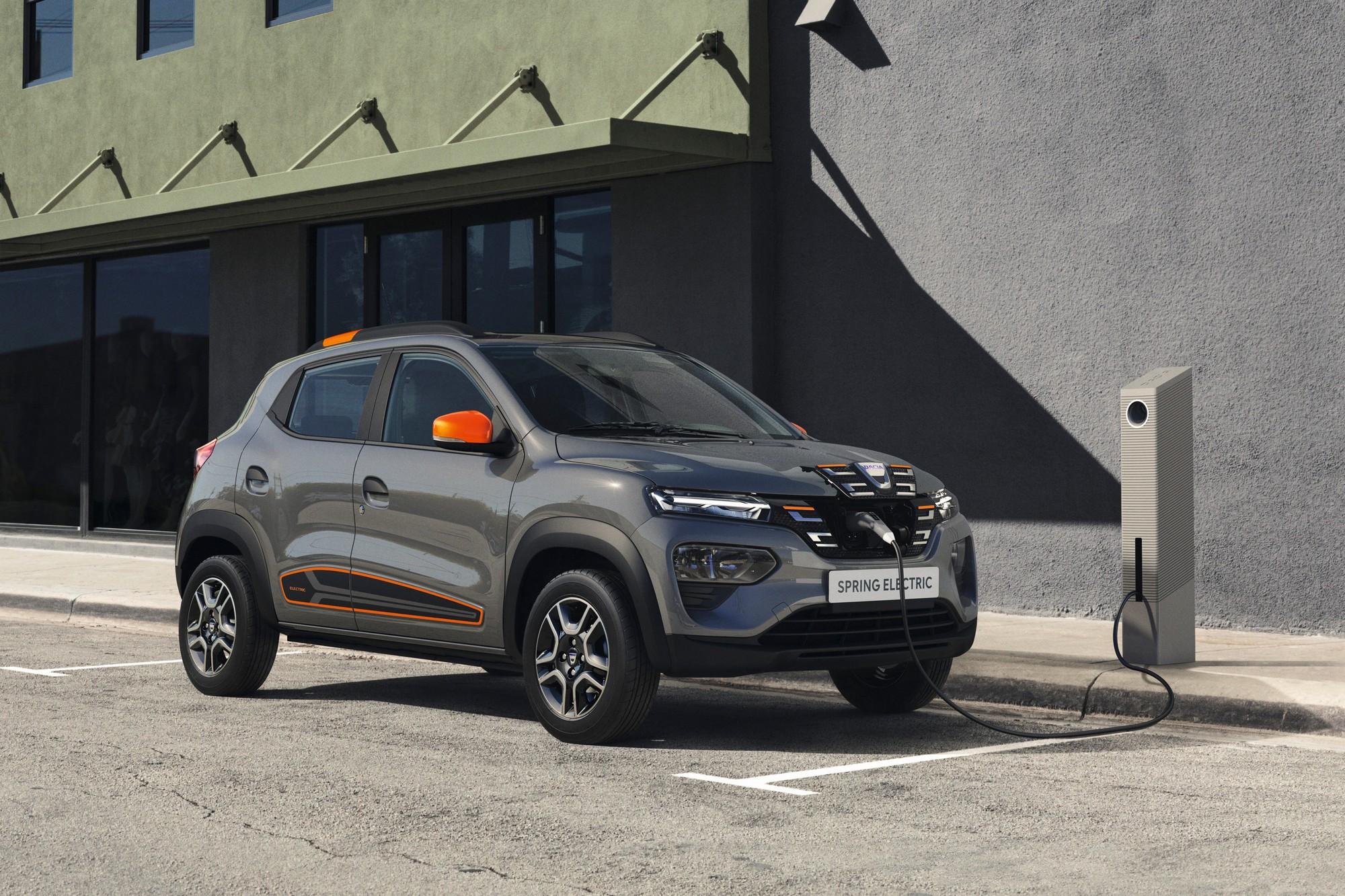 Серийный электрокроссовер Dacia Spring представлен официально 44 л.с. 27 кВтч 225 км и самый доступный ценник в Европе