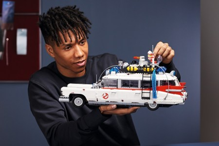 Lego представила набор для сборки легендарного автомобиля ECTO-1 из «Охотников за привидениями» / Ghostbusters