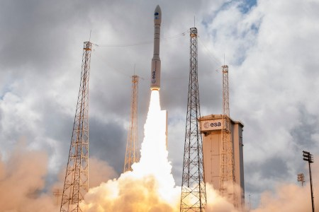 ОБНОВЛЕНО: Во время запуска европейской ракеты Vega с украинским двигателем произошёл сбой, спутники потеряны, причиной аварии стал «человеческий фактор»