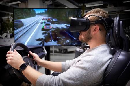Volvo создала «совершенный» симулятор вождения на основе гарнитуры виртуальной реальности и костюма с виброоткликом