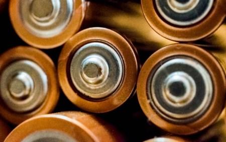 Ученые совершили прорыв в повышении энергетической плотности натриево-ионных аккумуляторов