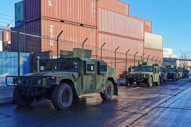 Украинские силовики обновили автопарк: Полиция получила Peugeot 301, Нацгвардия - Toyota Land Cruiser 79, Армия - Humvee и Land Rover