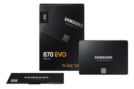 За 2020 год было отгружено около 333 миллионов SSD общей вместимостью 207 эксабайт