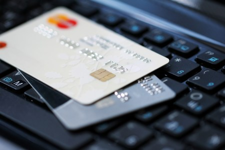НБУ: Основні тренди карткового ринку у 2020 році — безконтактні платежі та розрахунки в інтернеті [інфографіка]