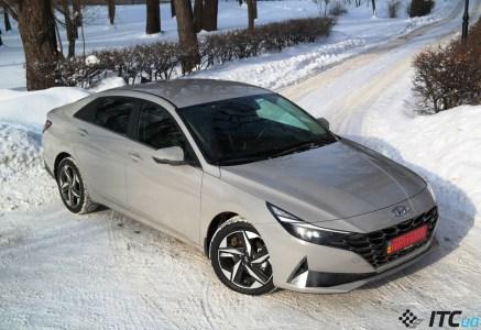 Тест-драйв Hyundai Elantra 2021: космический дизайн, земные технологии