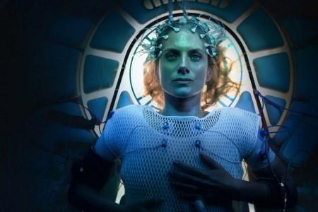 Первый трейлер научно-фантастической драмы Oxygen / «Кислород» (премьера на Netflix — 12 мая 2021 года)