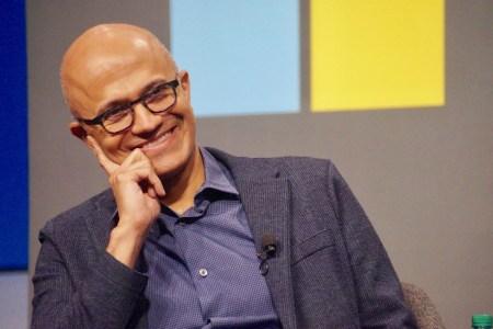 Капитализация Microsoft впервые превысила два триллиона долларов — она стала второй американской компанией после Apple, кому это удалось