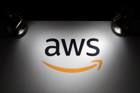 Мінцифра підписала меморандум щодо співпраці з Amazon (AWS) для прискорення розвитку хмарних технологій в Україні