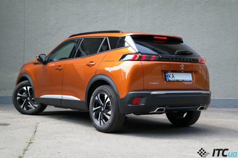 Гид покупателя Peugeot 2008: сравниваем комплектации, моторы, цены