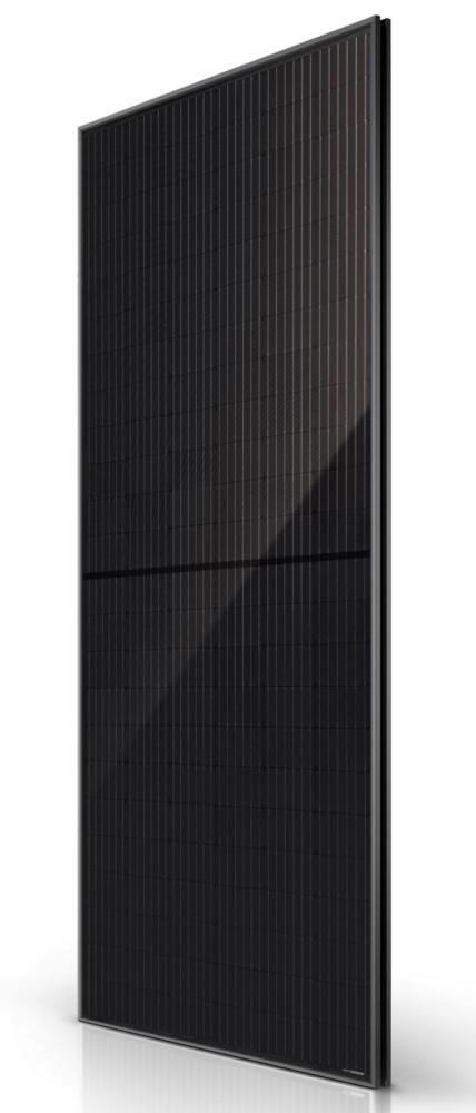 Tesla создала солнечную панель мощностью 420 Вт – одну из наиболее мощных на рынке