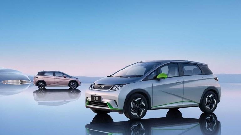 В Китае стартовали продажи бюджетного электромобиля BYD Dolphin (EA1) с запасом хода 300-400 км и ценником от $15,000