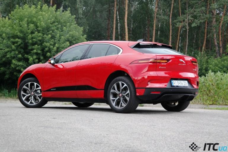 Тест-драйв Jaguar I-PACE NEW: незаметные обновления, заметный результат