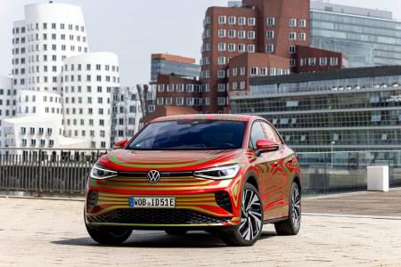 Volkswagen пообещал представить электрический кросс-купе VW ID.5 GTX на Мюнхенском автошоу (фото, видео)