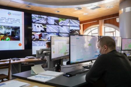 КМДА: Найскладніші перехрестя в Києві вже аналізують розумні камери інтелектуальної транспортної системи (ІТС)