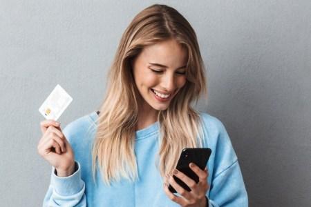 Мінцифра та Visa під'єднали безготівкову оплату онлайн-послуг в «Дії» до платформи Cybersource