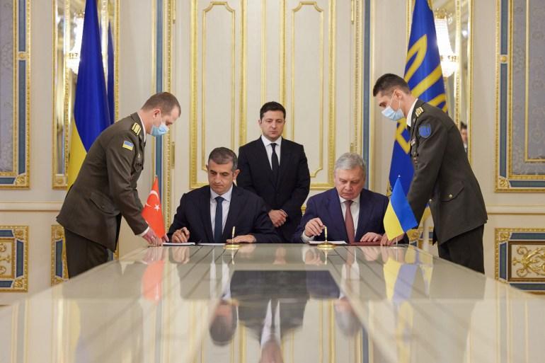 Турецька компанія Bayraktar побудує в Україні навчально-випробувальний центр для МО, наступний етап - спільне виробництво БПЛА