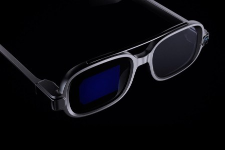 Анонсированы умные очки Xiaomi Smart Glasses с функциями навигации, телесуфлёра, перевода и др.