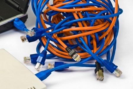 В Україні скасували введення мита на імпорт кабелів, яке могло призвести до росту цін на інтернет для користувачів
