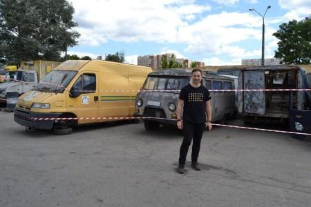 «Укрпошта» вирішила розпродати на ProZorro одразу 1600 «раритетних» автомобілів за 10,9 млн грн