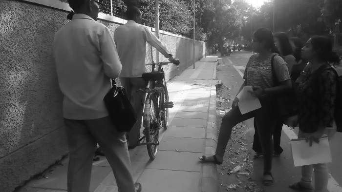 JDMC students mapping the streets around their college.