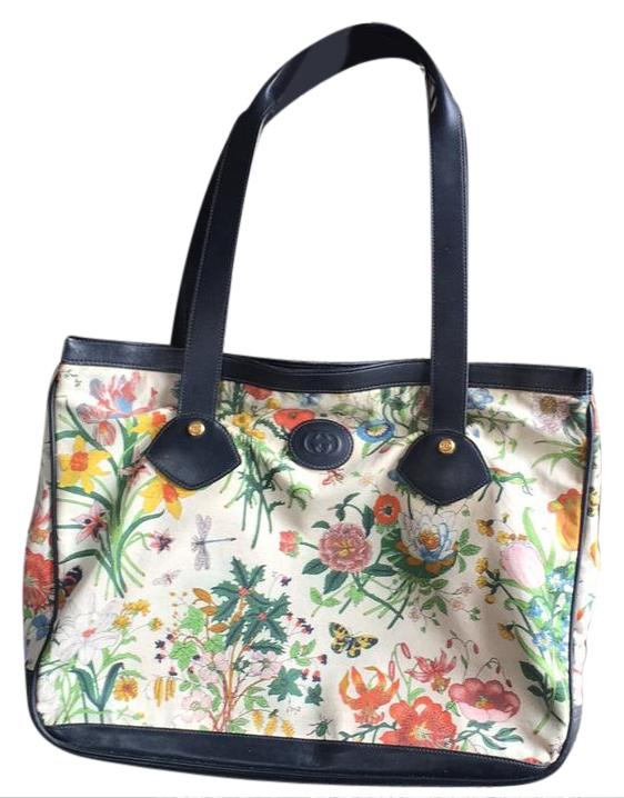 8273f875593bbe Gucci Flower Vintage Large Navy Leather Off White Flora Canvas Tote