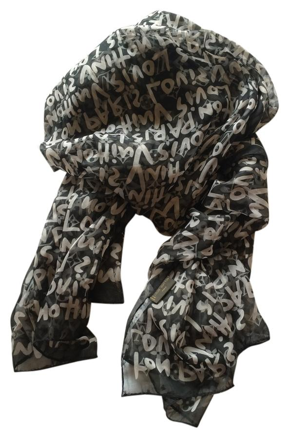 Louis Vuitton Scarf Paris