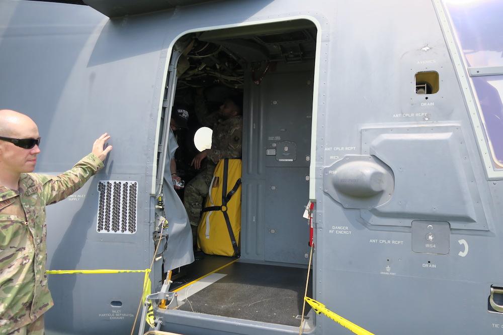 Osprey(オスプレイ)キャビン出入口