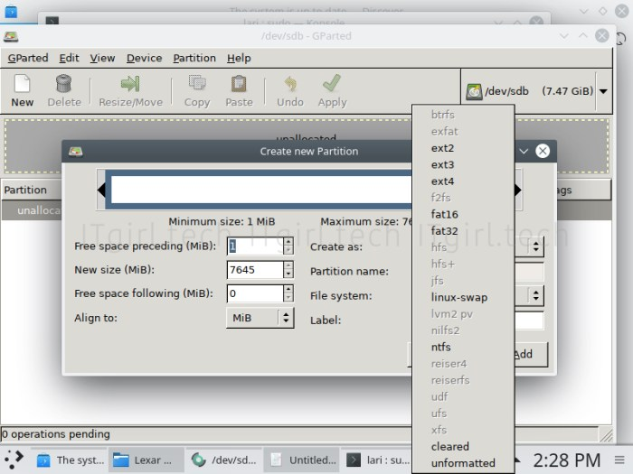 Screenshot of the formats available on the Linux GParted app: ext2, ext3, ext4, FAT16, FAT32, NTFS