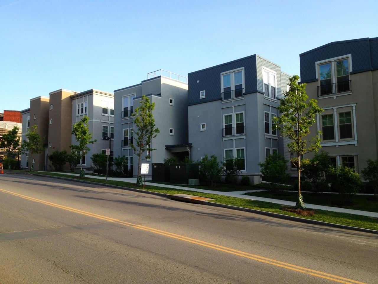 Collegetown_Terrace02