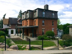 140-College-Ave-Ithaca-0615143